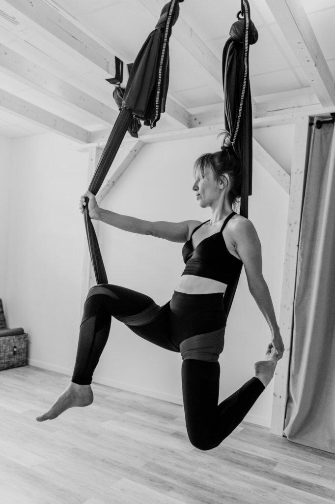 yoga aérien, fly yoga à Annecy